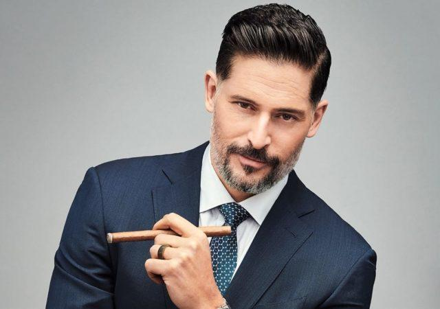 Joe Manganiello Push-Ups
