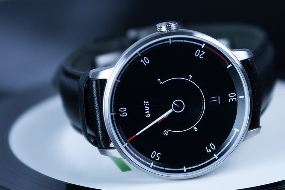 GAUGE Instruments Designed Dress Watches for Petrolheads